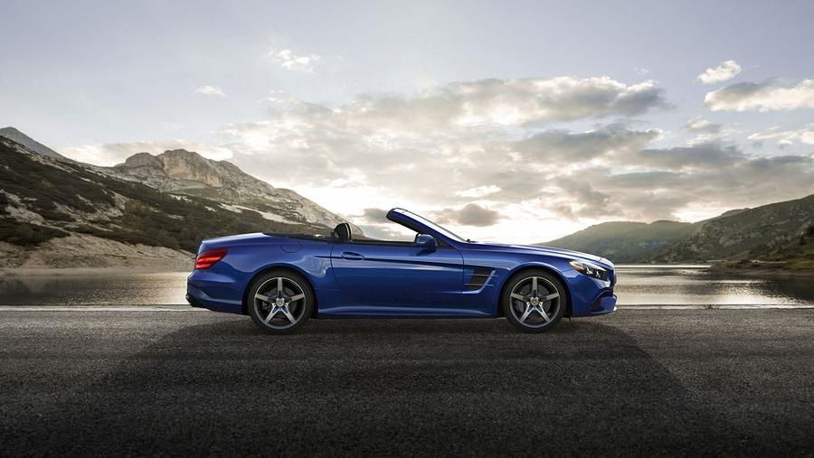 Our Favorite Mercedes-Benz SL-Class Photo